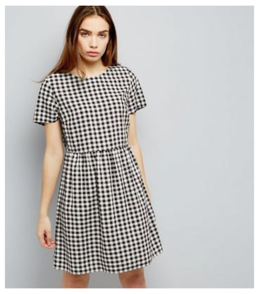 Black Gingham Short Sleeve Smock Dress