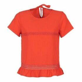 Betty London  GEERIE  women's Blouse in Red