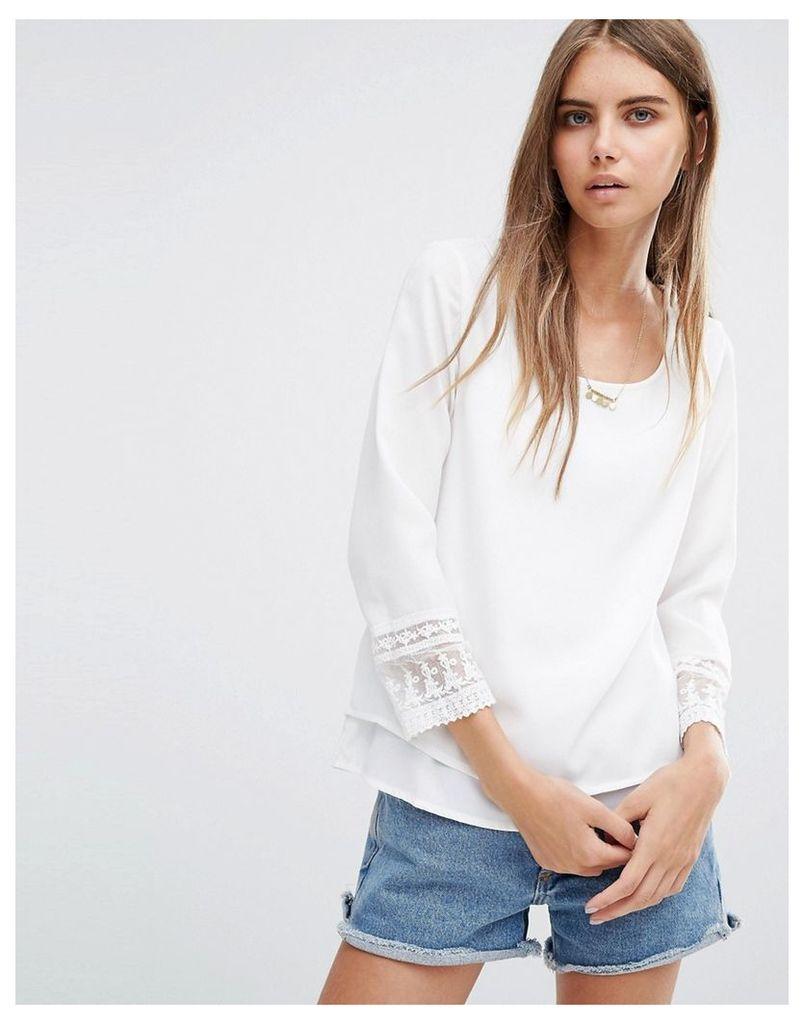 Vero Moda Merries Print Blouse In White - White
