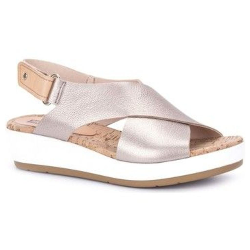 Pikolinos  Skaithos Womens Casual Sandals  women's Sandals in Gold