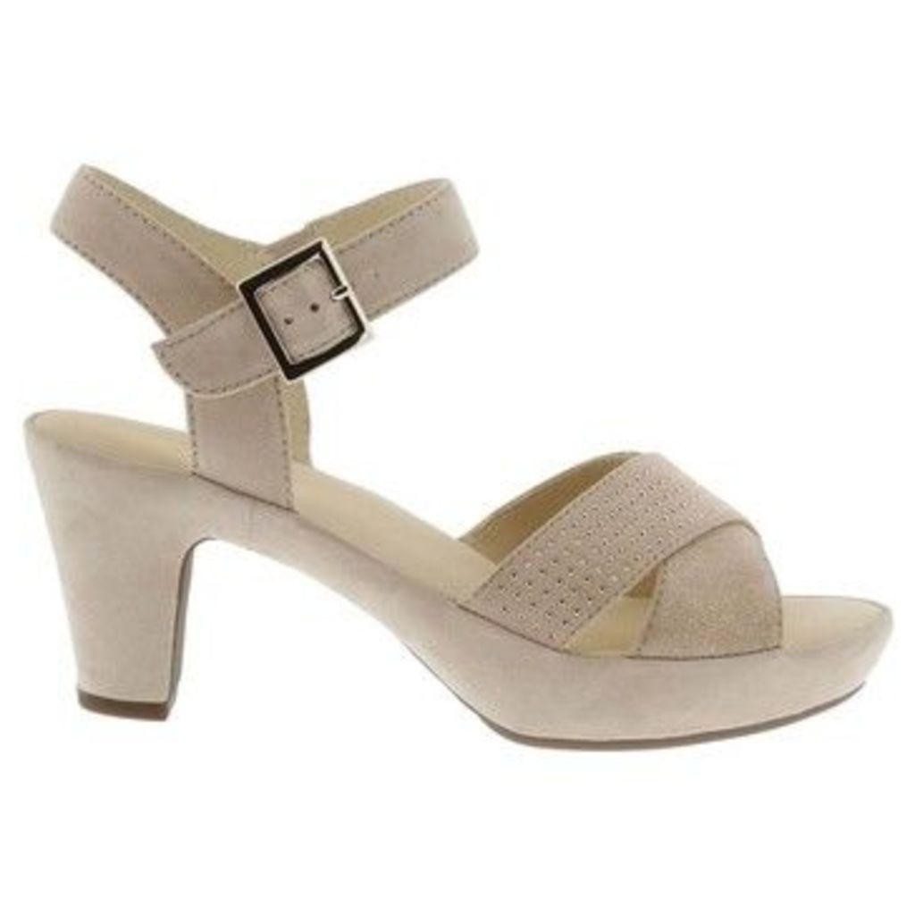 Gabor  Ransom Womens Casual Sandals  women's Sandals in BEIGE
