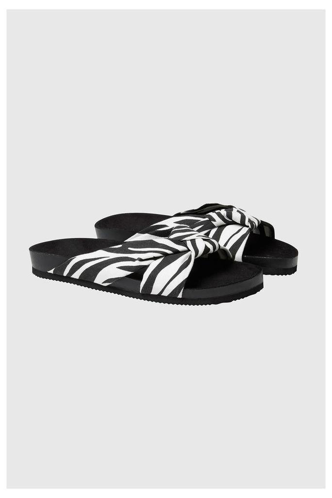 Blase Zebra Knot