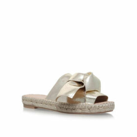 Carvela Kurry - Gold Flat Sandals