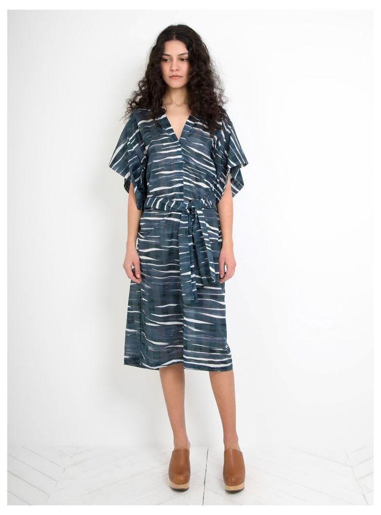 Wave Print Warry Dress Iron
