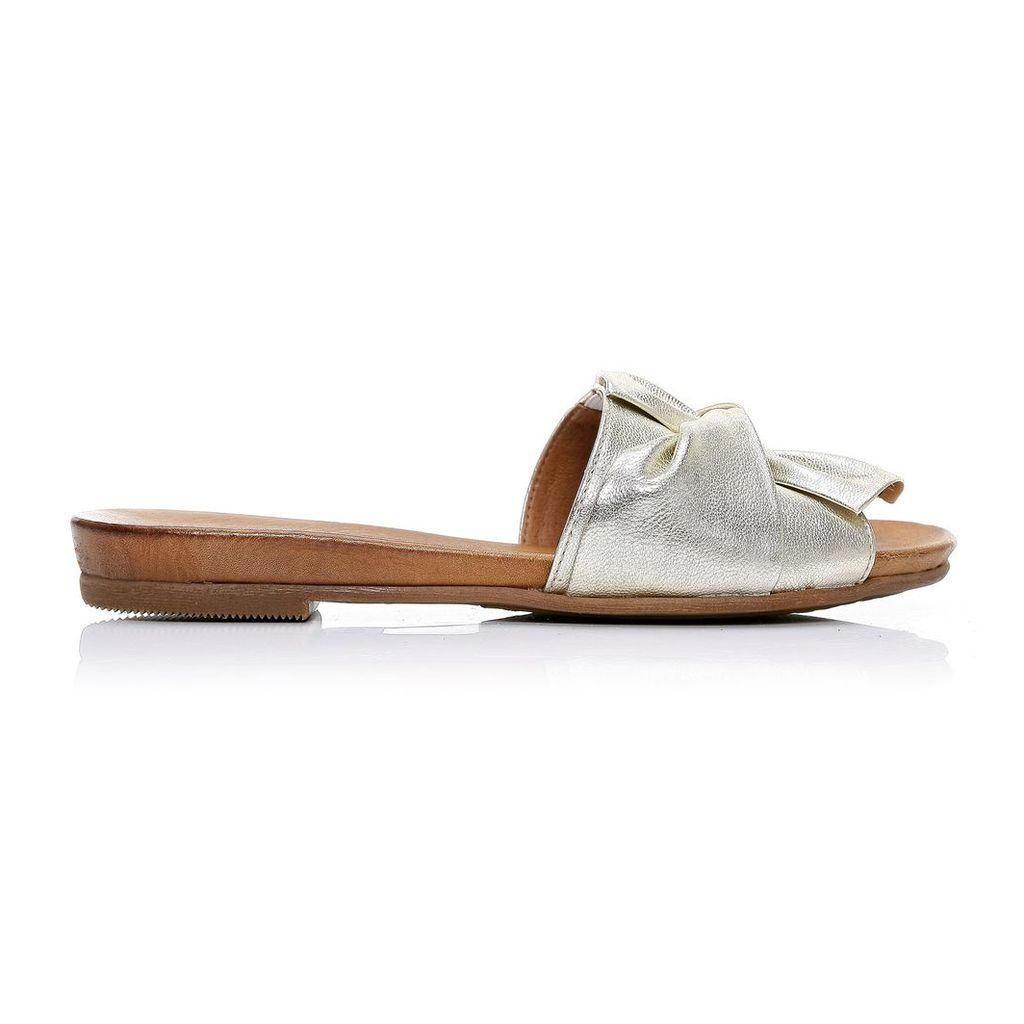 Moda in Pelle Nariz Gold Flat Casual Sandals