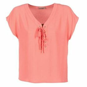 Betty London  GREM  women's Blouse in Pink