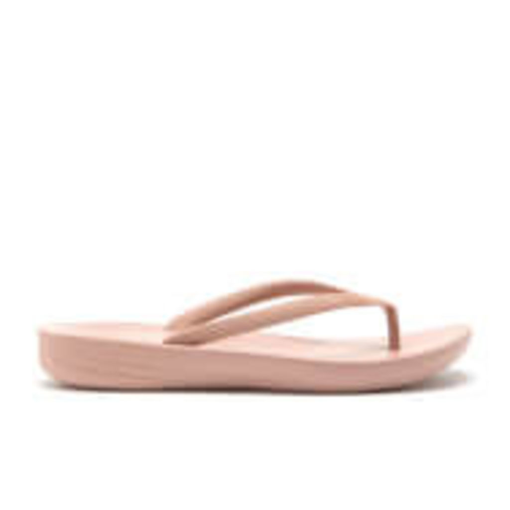 FitFlop Women's Iqushion Ergonomic Flip Flops - Nude