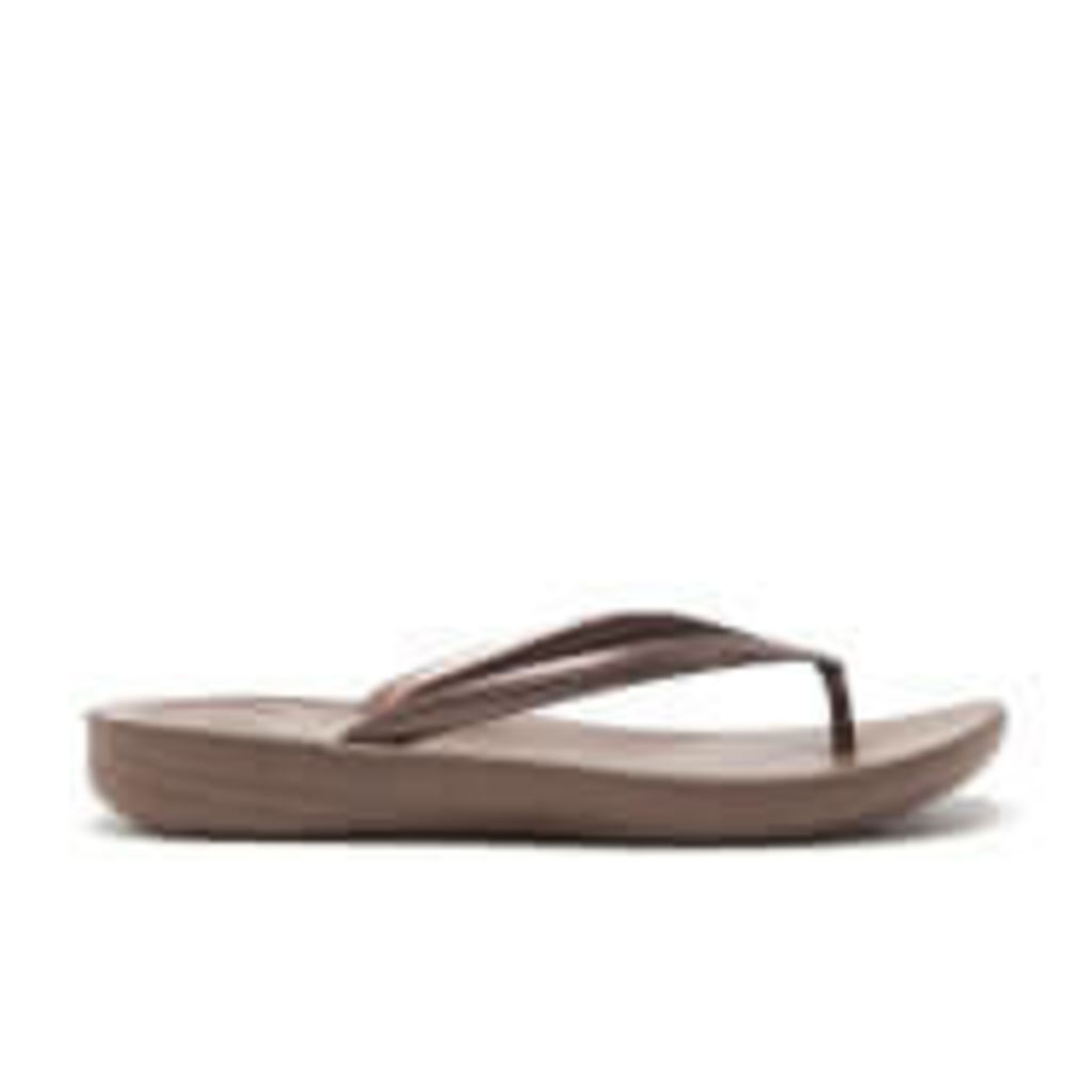 FitFlop Women's Iqushion Ergonomic Flip Flops - Glitter Bronze