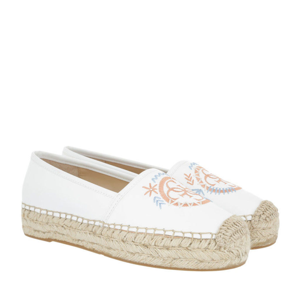 Guess Espadrilles - Jalyn Espadrilles White - in white - Espadrilles for ladies