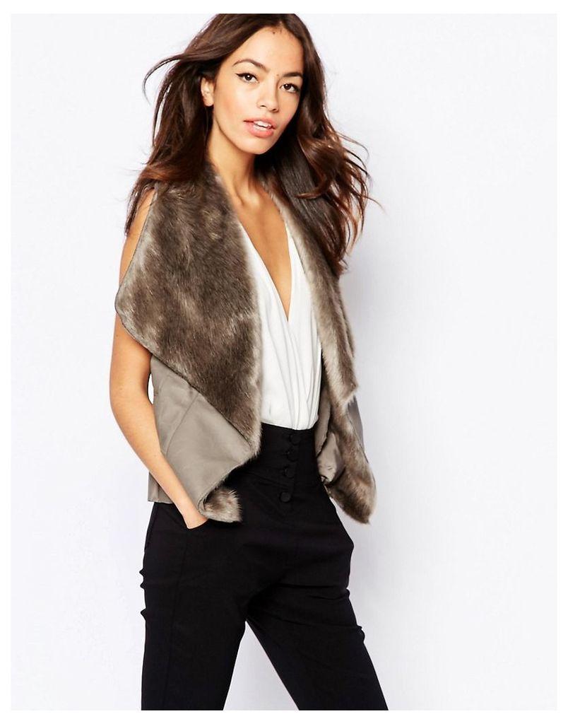 New Look Faux Fur Waterfall Gilet - Mink