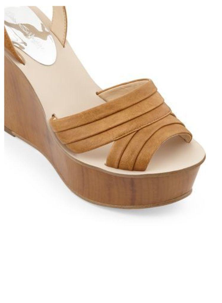 Womens MONA Pleat Wedge Sandals, Tan