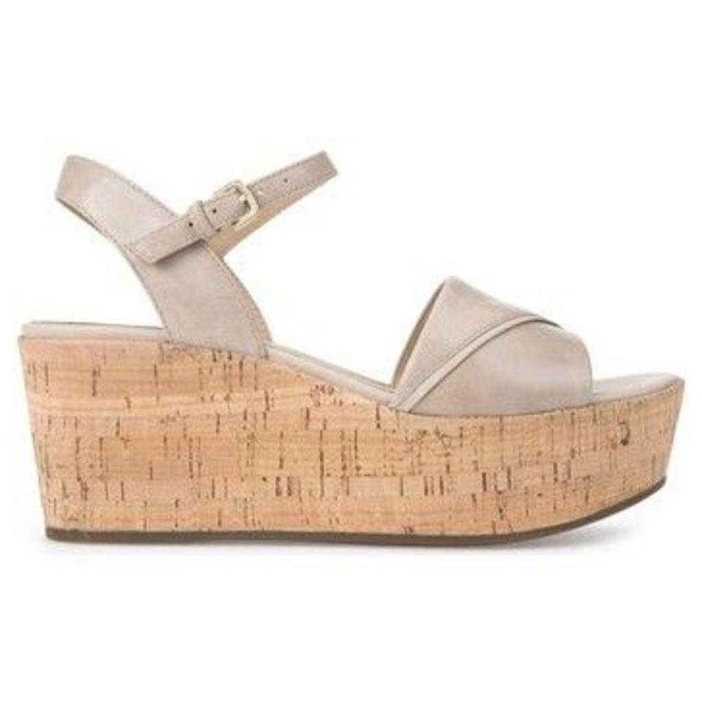 Geox  D724VA 000LC Wedge sandals Women  women's Sandals in BEIGE