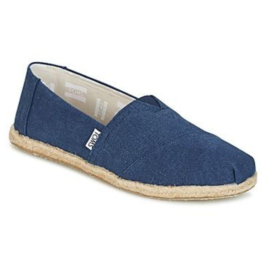 Toms  SEASONAL CLASSICS  women's Slip-ons (Shoes) in Blue