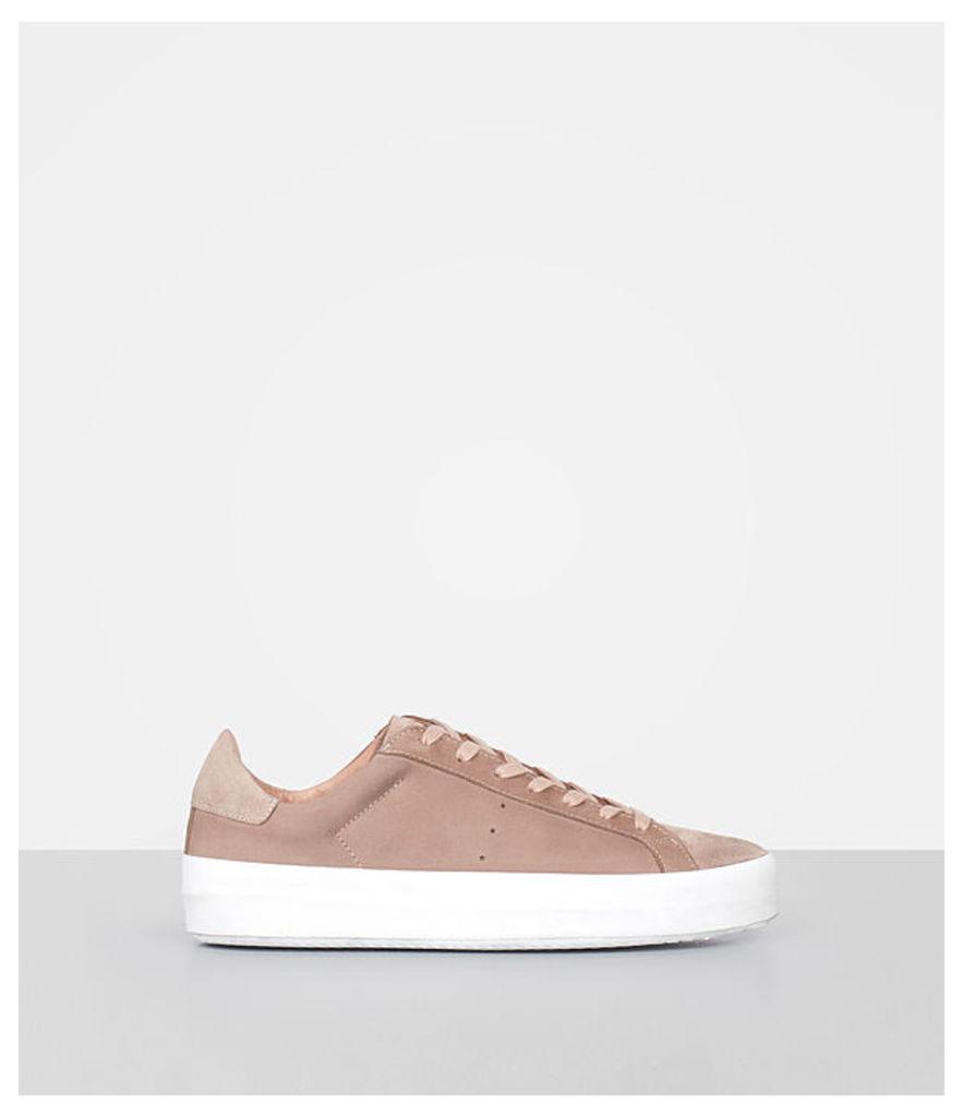 Safia Sneaker