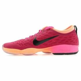 Nike  Wmns Air Zoom Fit Agility  women's Shoes (Trainers) in Pink
