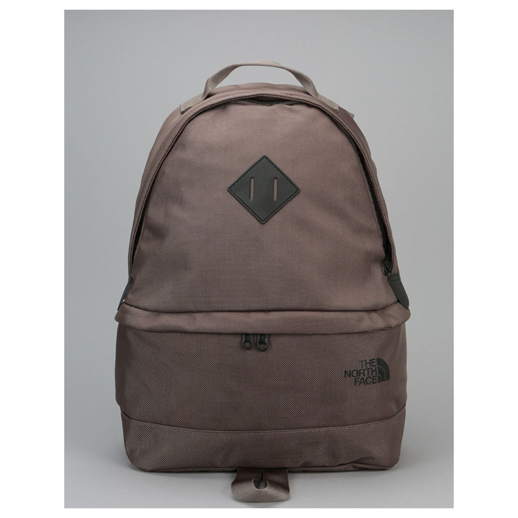 The North Face Back-To-Berkeley Backpack - Falcon Brown/TNF Black (One Size Only)
