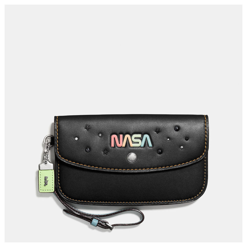 Coach Clutch In Glovetanned Leather With Space Embellishment