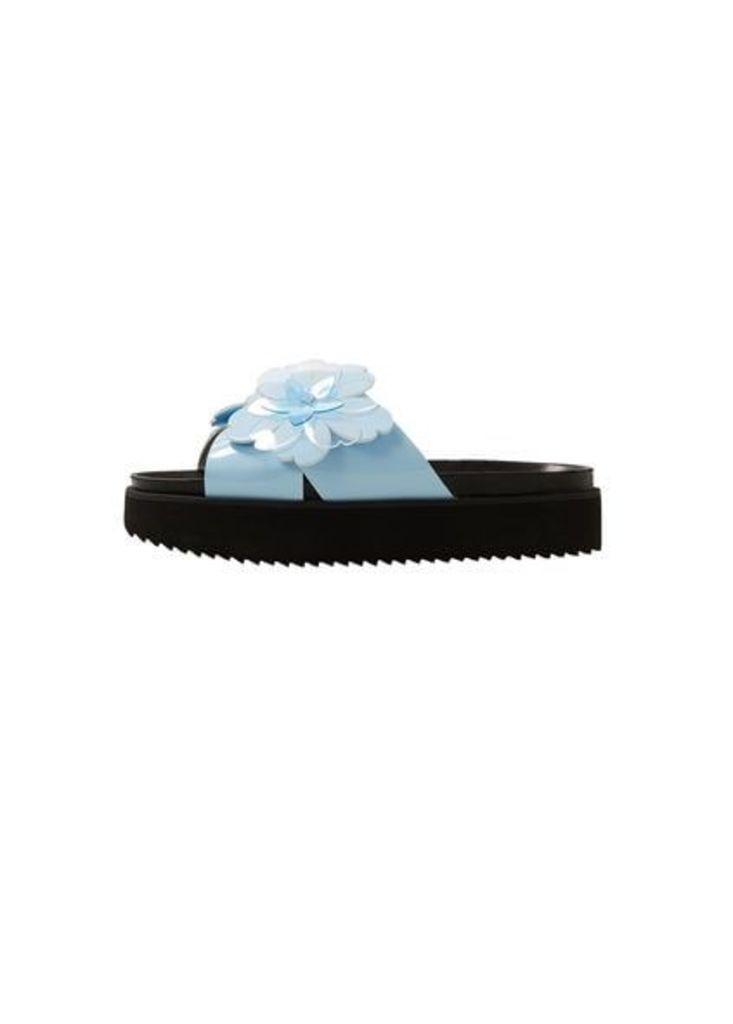 Flower appliqué platform sandals
