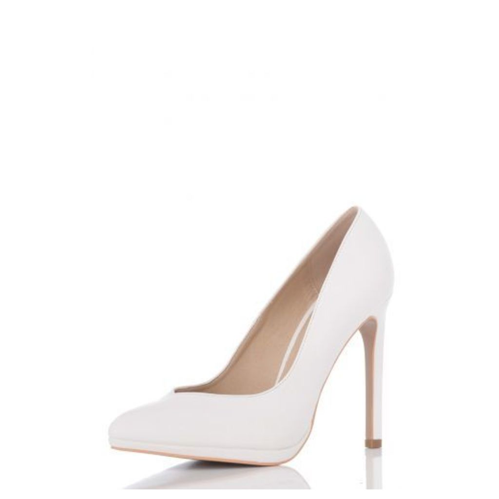 White PU Pointed Courts