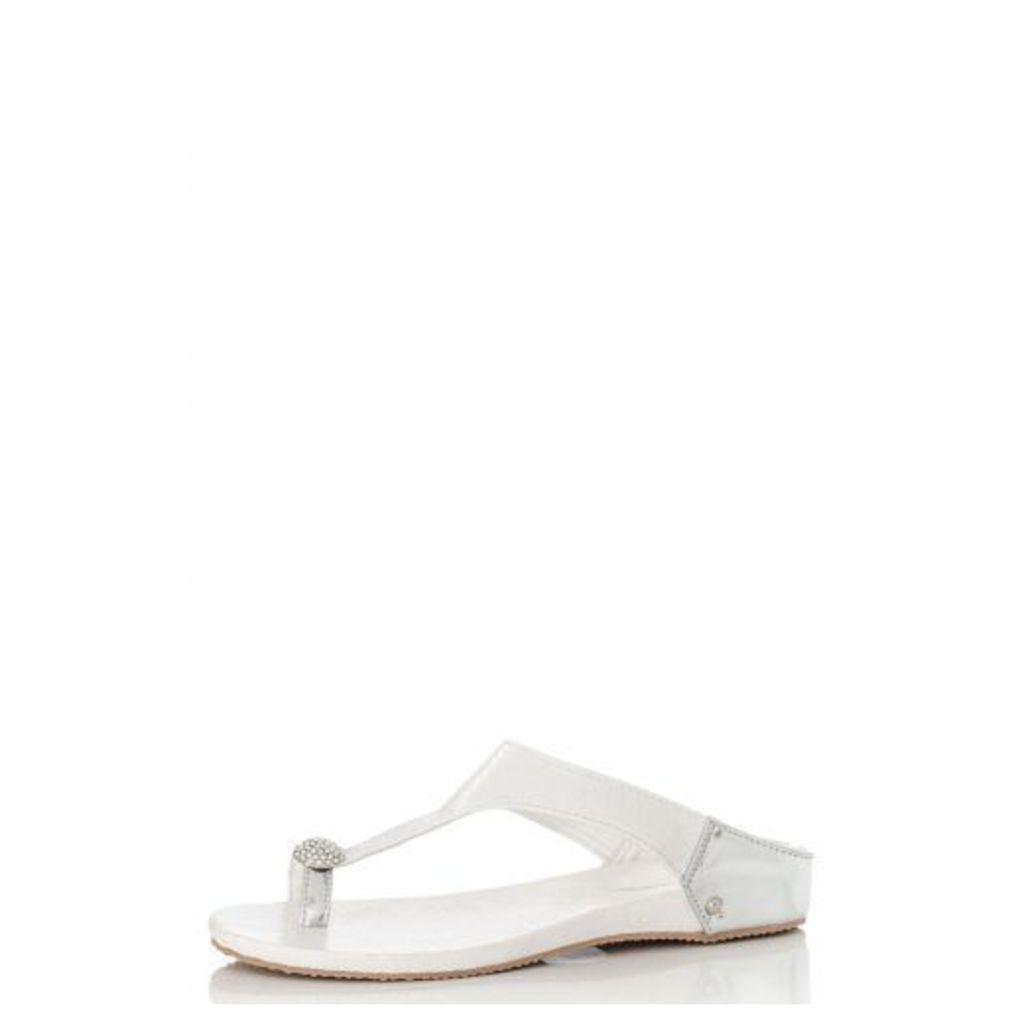 White Diamante Toe Ring Flat Sandals