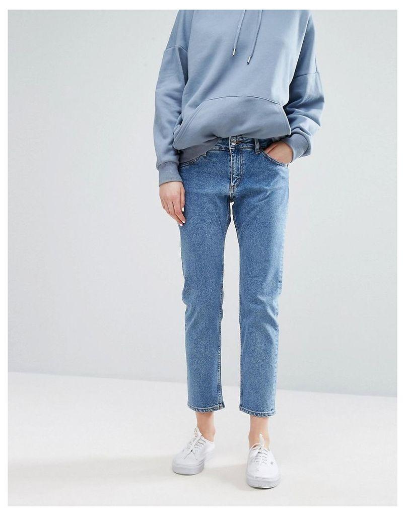 Monki Relaxed Straight Jeans - Light blue