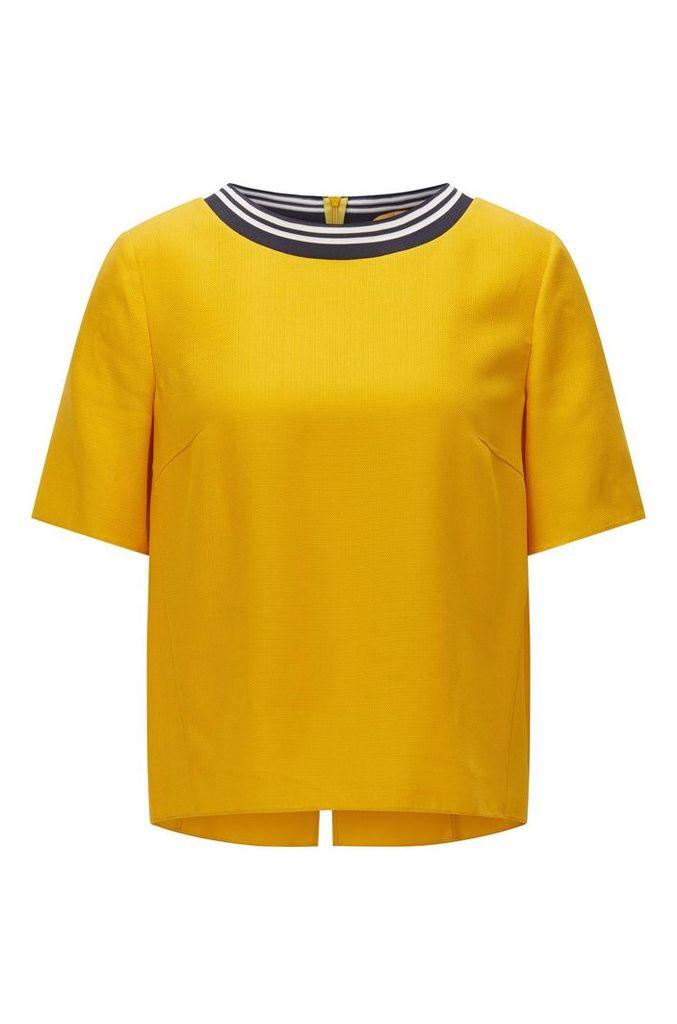 Regular-fit top in lightweight technical fabric