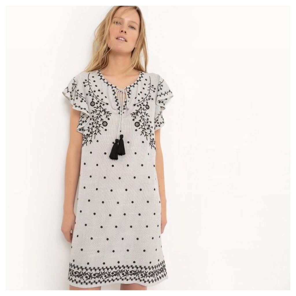 Short-Sleeved Folk-Style Dress with Tassel Trim