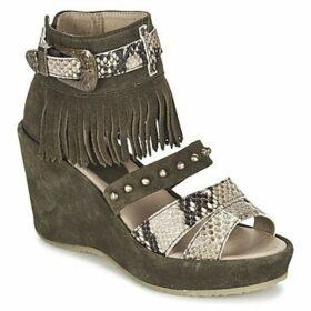 Dkode  LEORA  women's Sandals in Kaki