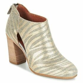 Coqueterra  TINA  women's Low Boots in Gold