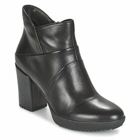 Stonefly  OXY 6  women's Low Ankle Boots in Black