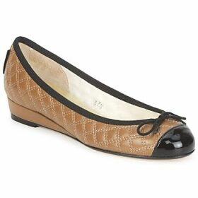 French Sole  HENRIETTA  women's Shoes (Pumps / Ballerinas) in Brown