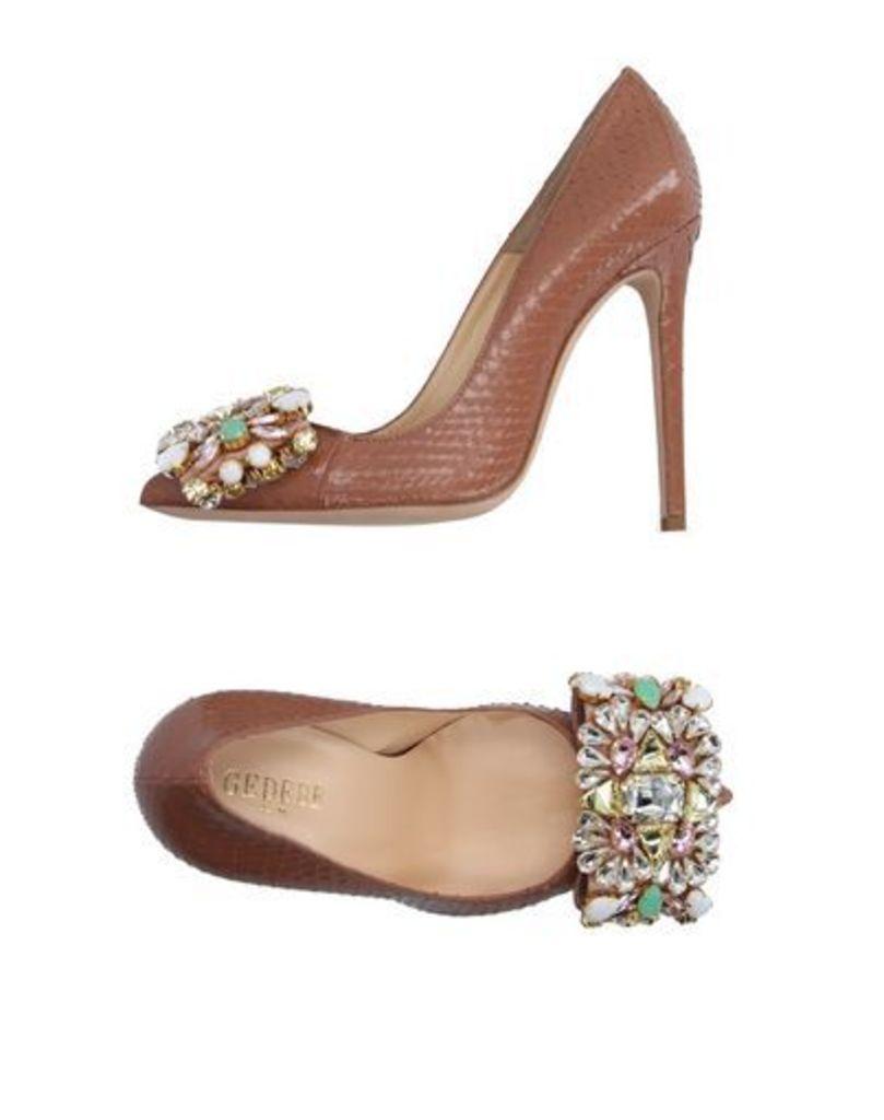 GEDEBE FOOTWEAR Courts Women on YOOX.COM