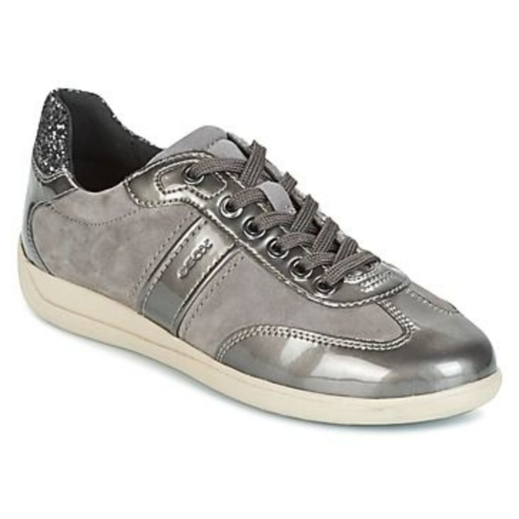 Geox  D MYRIA  women's Shoes (Trainers) in Grey