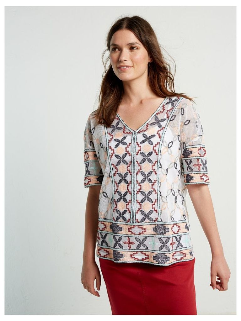 LISBON EMBROIDERED TOP