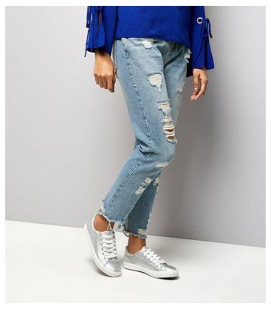Petite Blue Extreme Ripped Tori Mom Jeans