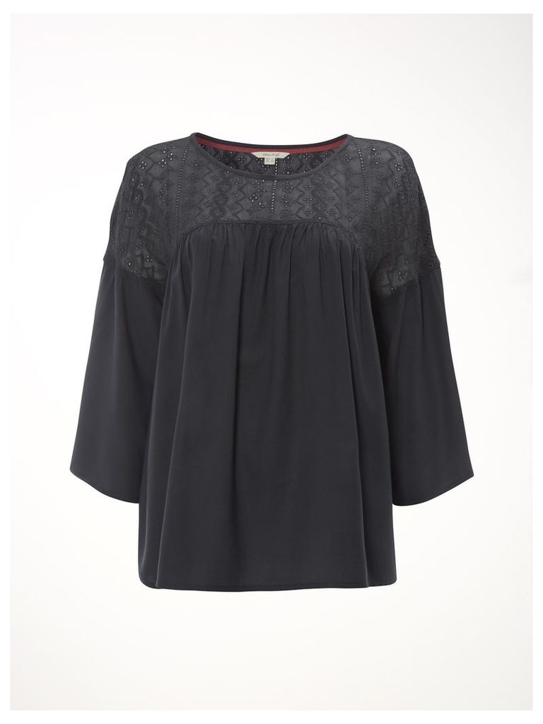 Misu Lace Top