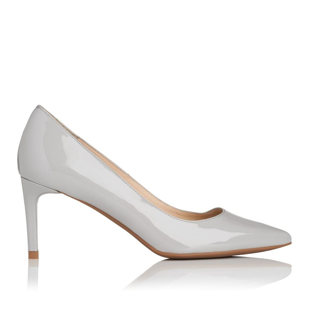 Caisie Light Grey Patent Closed Courts