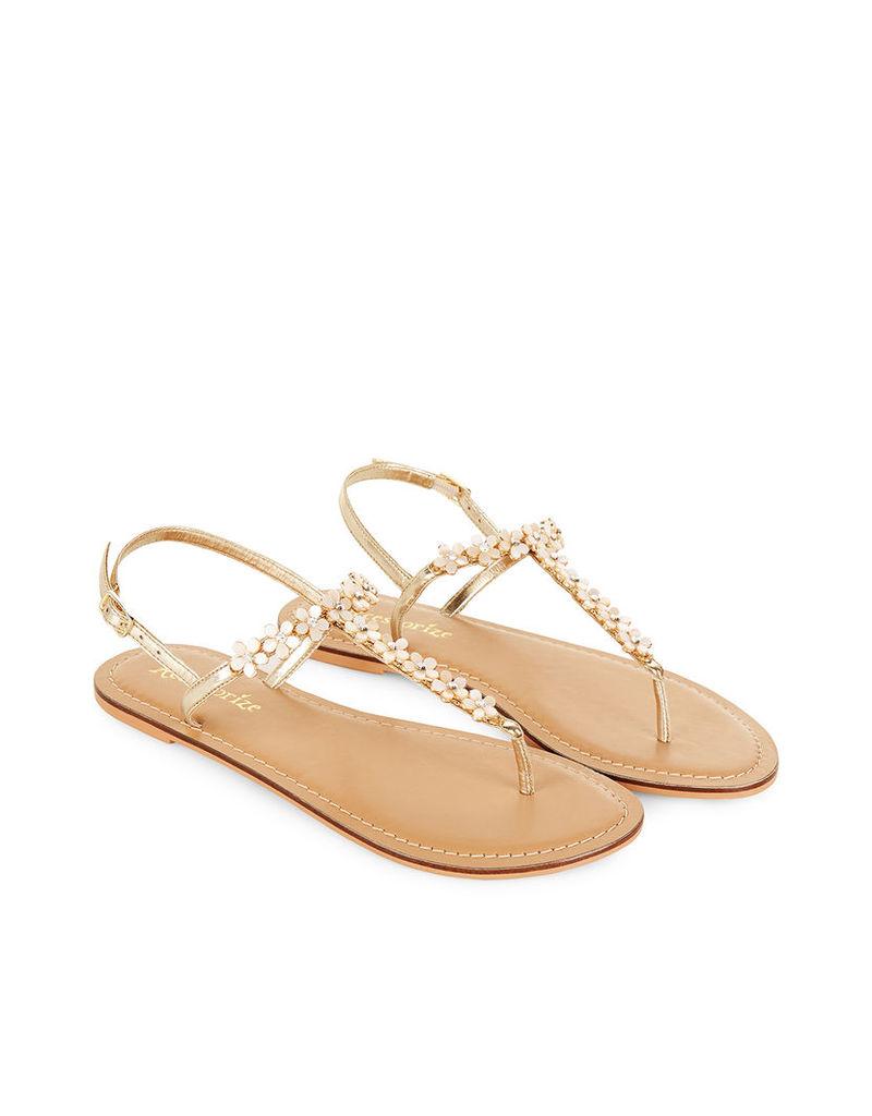 Pearl Daisy Sandals