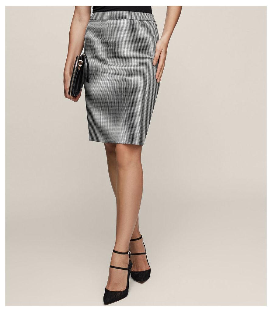 REISS Mason Skirt - Houndstooth Pencil Skirt in White, Womens