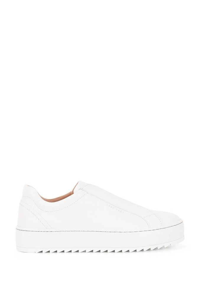 Laceless low-top trainers in Italian leather