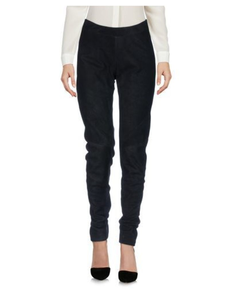GARETH PUGH TROUSERS Casual trousers Women on YOOX.COM