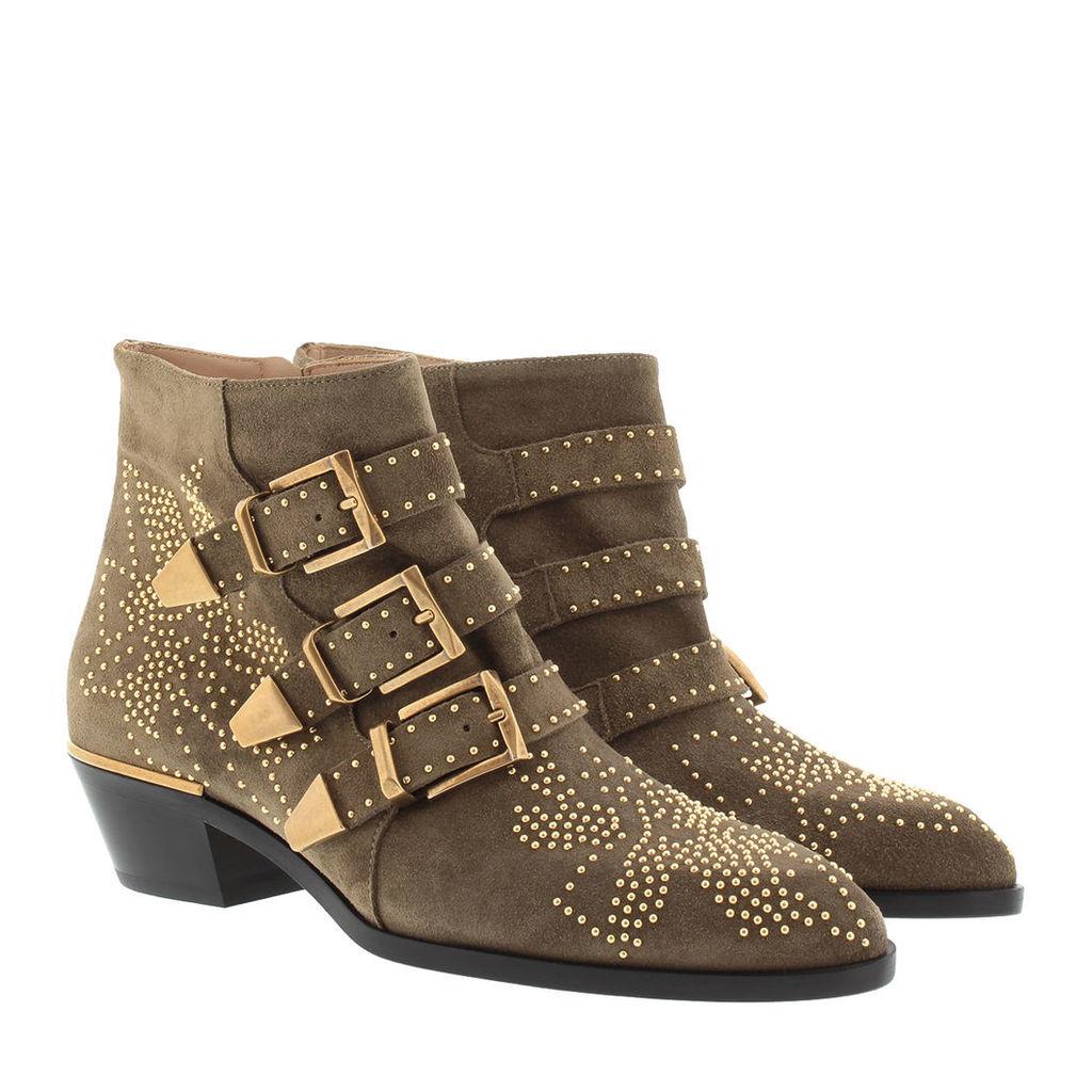 Chloé Boots & Booties - Susanna Boots Suede Dark Greige - in brown, beige - Boots & Booties for ladies