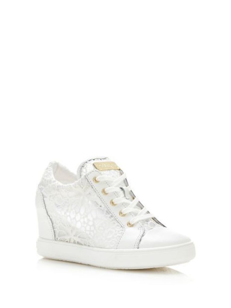 Guess Finna Lace Wedge Sneaker