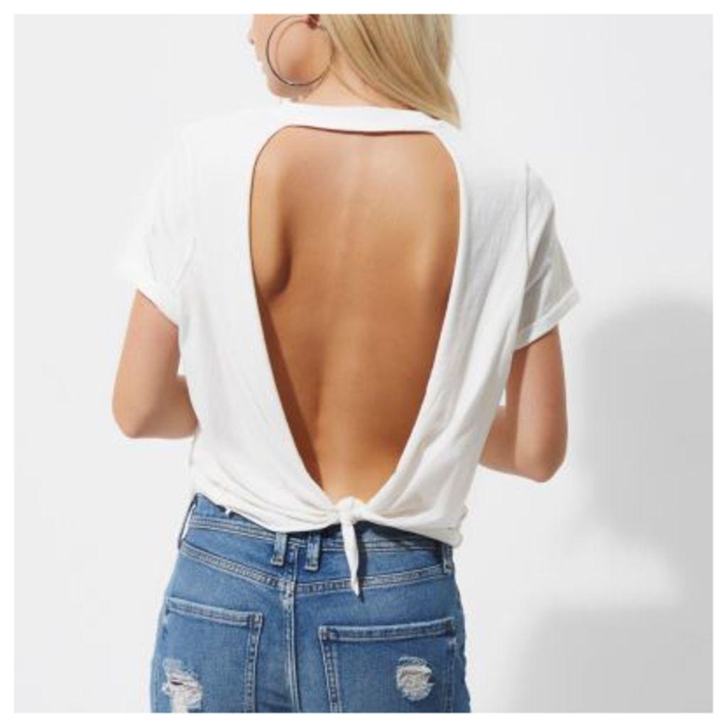 River Island Womens Petite White rose print open back T-shirt