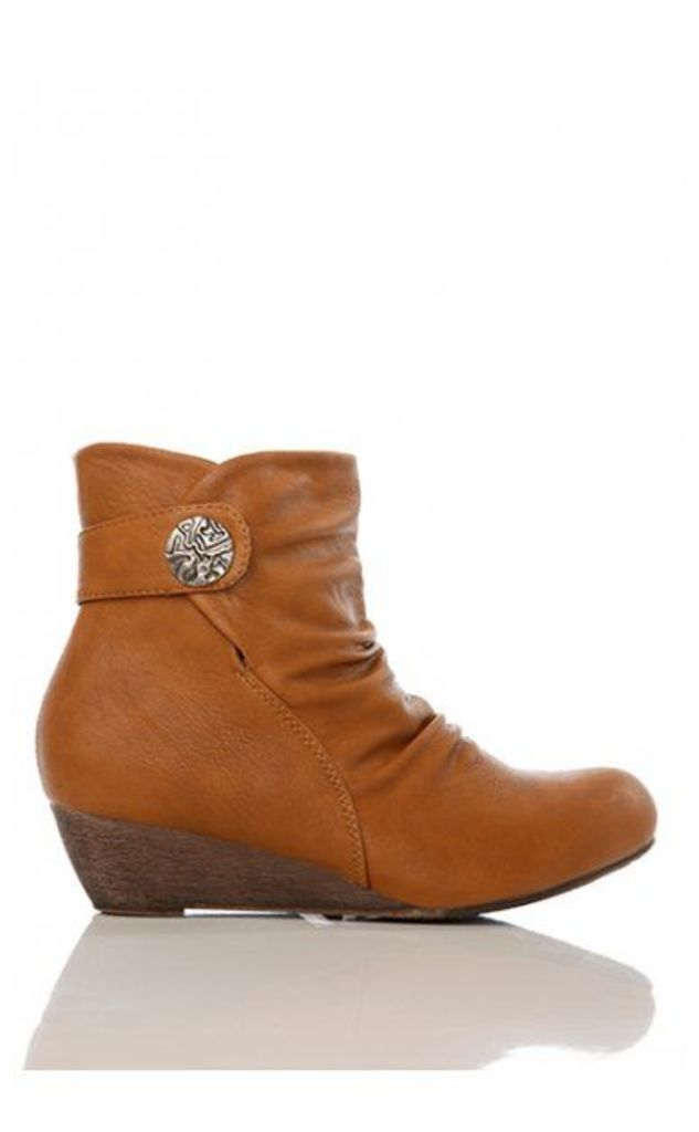 Vintage Style Wedge Ankle Boots In Camel