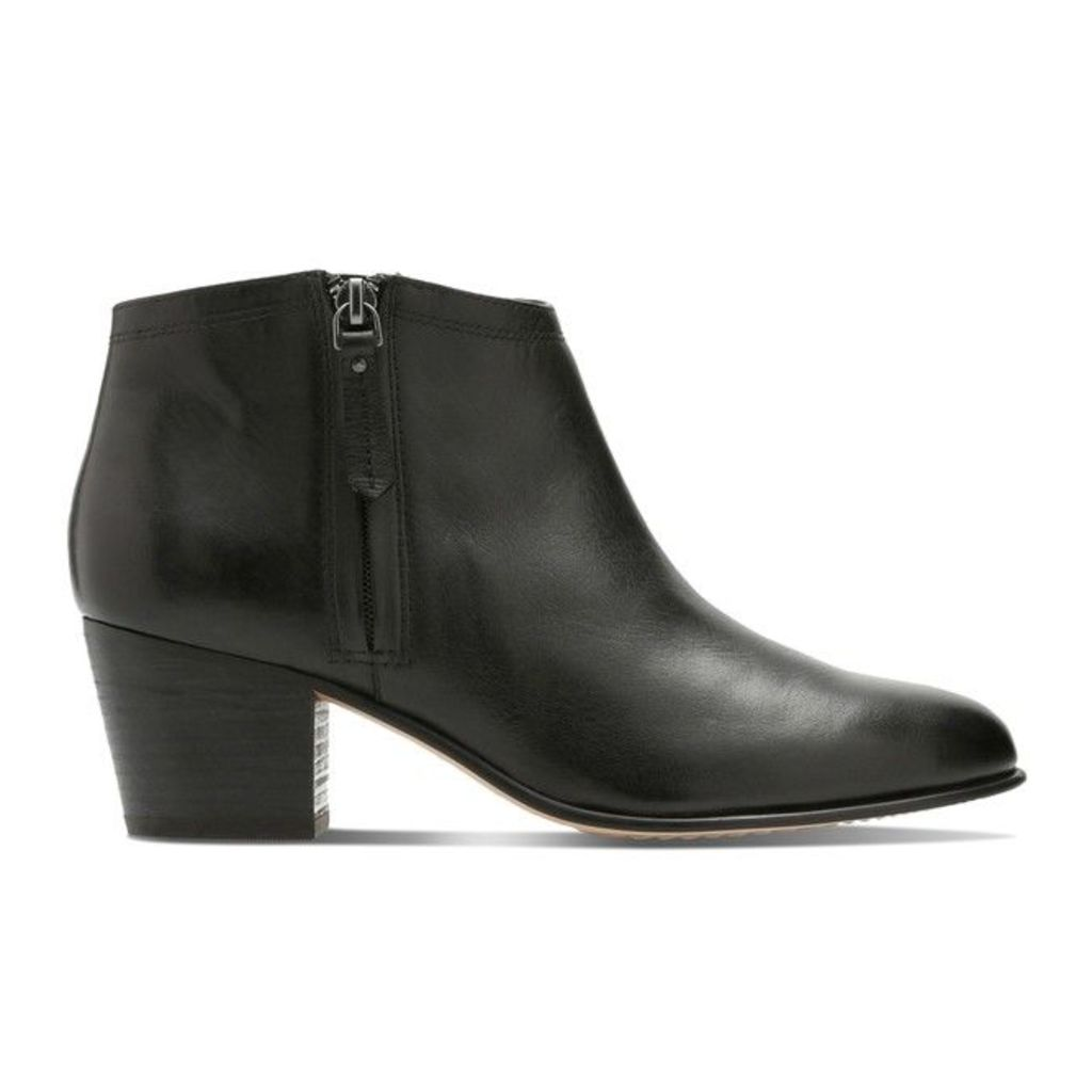 Maypearl Alice Leather Ankle Boots