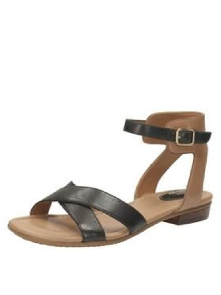 Clarks Viveca Zeal4 Wide Fit Cross Strap Flat Sandal - Black