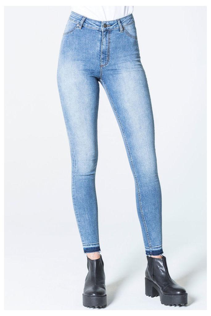 High Spray Essential Blue Jeans