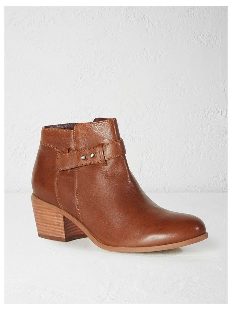 Paula Heeled Ankle Boot