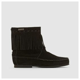 Crabe Fringed Leather Ankle Boots